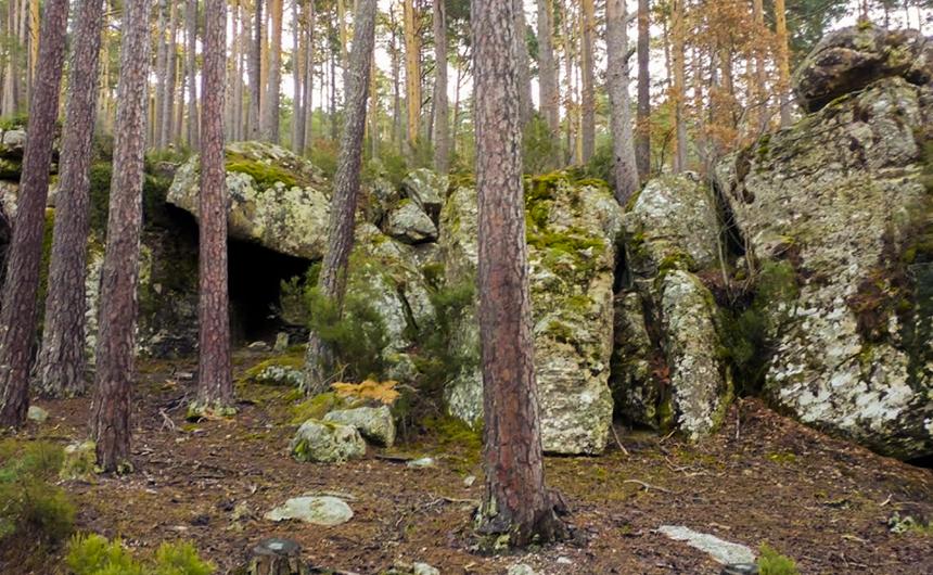 Cueva del Tío Melitón Covaleda Turismo Rutas Ayuntamiento